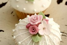 Cupcakes & Cake Dreams / by Candice Rosin