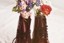Shoes shoes shoes / by Diana Sandi Peña