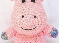 Muñecos Tejidos/Crochet/Toys Crochet/Dolls 6 / by Gato Chirolio !