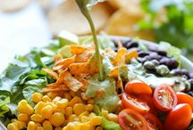 Salads / by Robyn Eveleigh