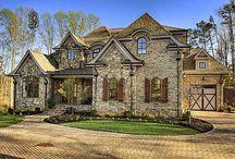 Exterior Houses / by Lauren Adams