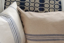 Antique Coverlets / by Early American Home
