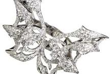 Stephen Webster / Beautiful Jewelry / by Krystle Finke