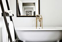 Bathrooms / by Michelle Toews