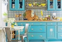 Retro Spaces / by Sarah Broadfoot