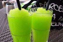 DRINKS / Fresh new drinks in summer! / by Raena Klassen