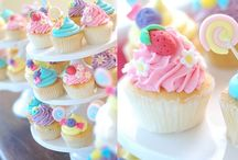 cupcakes <3 / by Andrea Chavarria