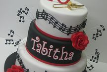 Cake Designs / by Nicolle Hill