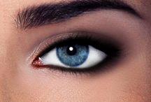 Beauty: Makeup / by Jana Van Laar