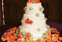 PRETTY CAKES / by Dora Cline