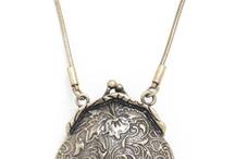 Jewelry I like / by Shauna Dethloff