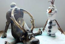 Disney's Frozen Cakes / by Pat Korn