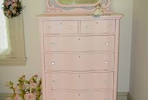 paint. / furniture painting and refinishing / by Melissa McIver