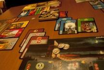 Reseñas juegos / Breve descripción de juegos de mesa. Cómo se juega, impresiones, ventajas y desventajas... / by De Oca en Oca