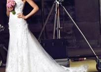 Wedding Dresses / by Mango Ni