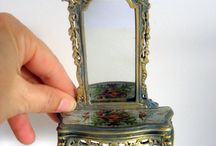 MINIATURES:  Pieces, Vignettes &  Displays  / Whether for Individual rooms, Whole houses, or Woodland Fantasies. I would love to put my first one together!!!  / by Carole B. Strumsky