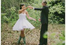 country chic wedding / by Rebecca Berchenbriter