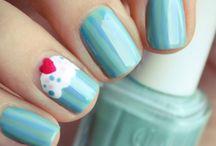 Finger Nails / by Yana Gruntkovskaya