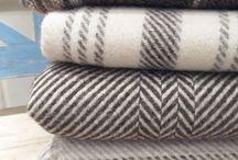 Handwoven blankets / by Vladka Cepakova