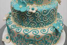 Cake Ideas / by Ashley Reithmayr