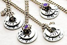 Jewelry to make / by Leandra Rumburg
