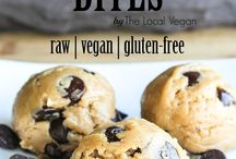 Recipes; To Try! / by Tavia