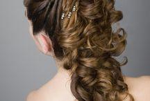 Peinados, tocados y maquillaje / by Claire Yanes
