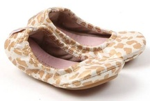 Shoes / by Chelsea Olivo