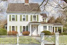Houses & Floor Plans / by Corissa Godbolt