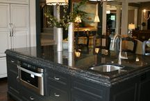Traditional Kitchen - dark granite / by Bradley Stone Industries
