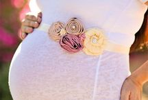 Maternity What to Wear / by Andrea Lythgoe