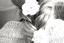 Hair & Beauty / by Daniela Askenazi