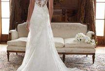 perfect future wedding :) / by Alyssa Laughead