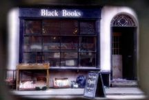 The little bookshop of horrors / by Fer