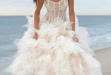 Kk's wedding / Dresses / by Laura Nava