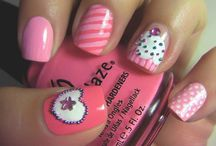 Cool nail art / by Suzanne De Wet