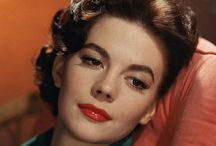 Natalie Wood Photo Gallery / I would LOVE to look JUST like Natalie Wood!!!  I miss her so!!! / by Stephanie Lauren Bounds