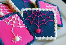 Fall & Halloween cookies / by Erin Brankowitz