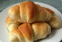 Cressant rolls / by Shar Heims