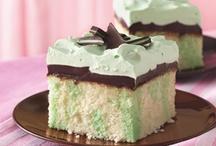 Cakes / by Ciara Boyd