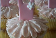 CuppyCakes / by Libby's Library