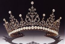 Tiaras, Diadems and Crowns / by Suzanne Slobodian