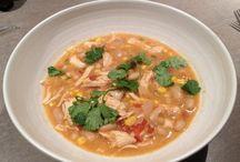 Chili & Soup Recipes / by Elizabeth Popielarz