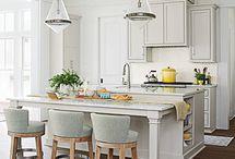 Kitchens / by Debbie Ward