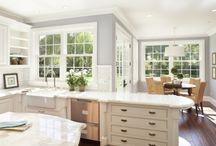 kitchens / by Diane Crespo