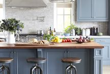 Kitchens / by Kim Steeves