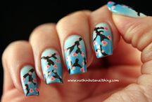 nails<3 / by Laura Barton