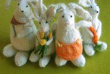 A Knitting / by Carol Van Poortfliet Szymas