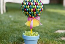 Easter Ideas / by Rebekah Riehle
