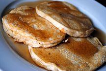 Food: Healthy Breakfasts / by Savanna Mullan